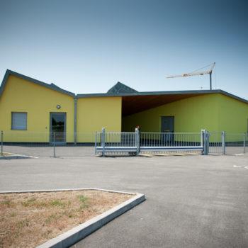 Ecole primaire charpente et ossature bois, revêtement crépi