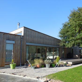 Maison individuelle plain-pied, ossature bois, bardage en bois