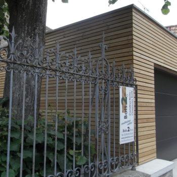 Garage en bois, bardage en bois vertical