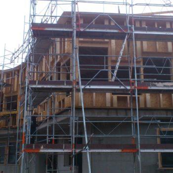 Levage ossature bois bâtiment public forme étoilée