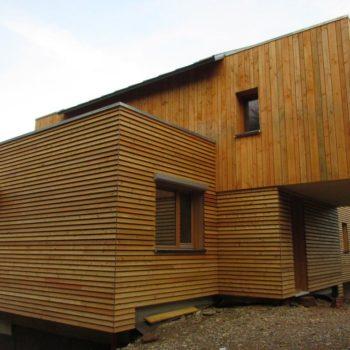 Maison individuelle charpente et ossature bois, bardage bois vertical et horizontal